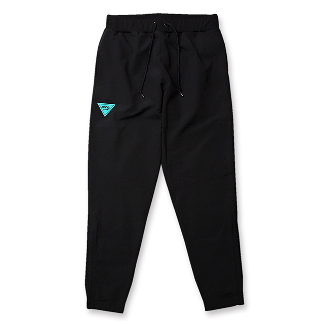 Arch sporty logo warm up pants【black】のイメージ