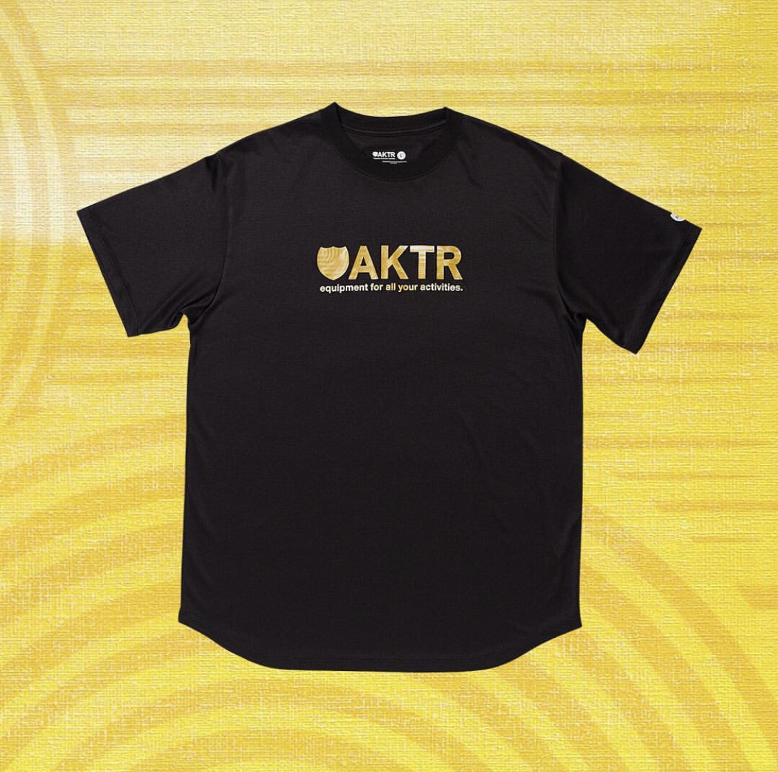 AKTR RIPPLE FLOW LOGO TEE BLACKのイメージ